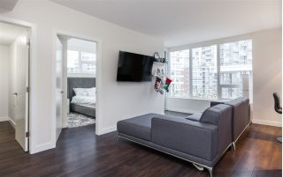 "Main Photo: 801 161 E 1ST Avenue in Vancouver: Mount Pleasant VE Condo for sale in ""BLOCK 100"" (Vancouver East)  : MLS® # R2226437"
