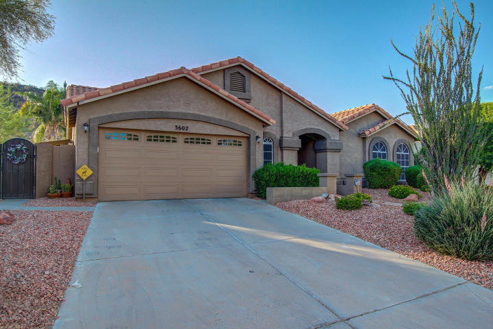 Main Photo: 3602 E Mountain Sky Avenue in Phoenix: Ahwatukee House for sale : MLS®# 5462780