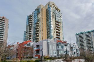 "Main Photo: 1906 8 LAGUNA Court in New Westminster: Quay Condo for sale in ""Excelsior"" : MLS® # R2240274"