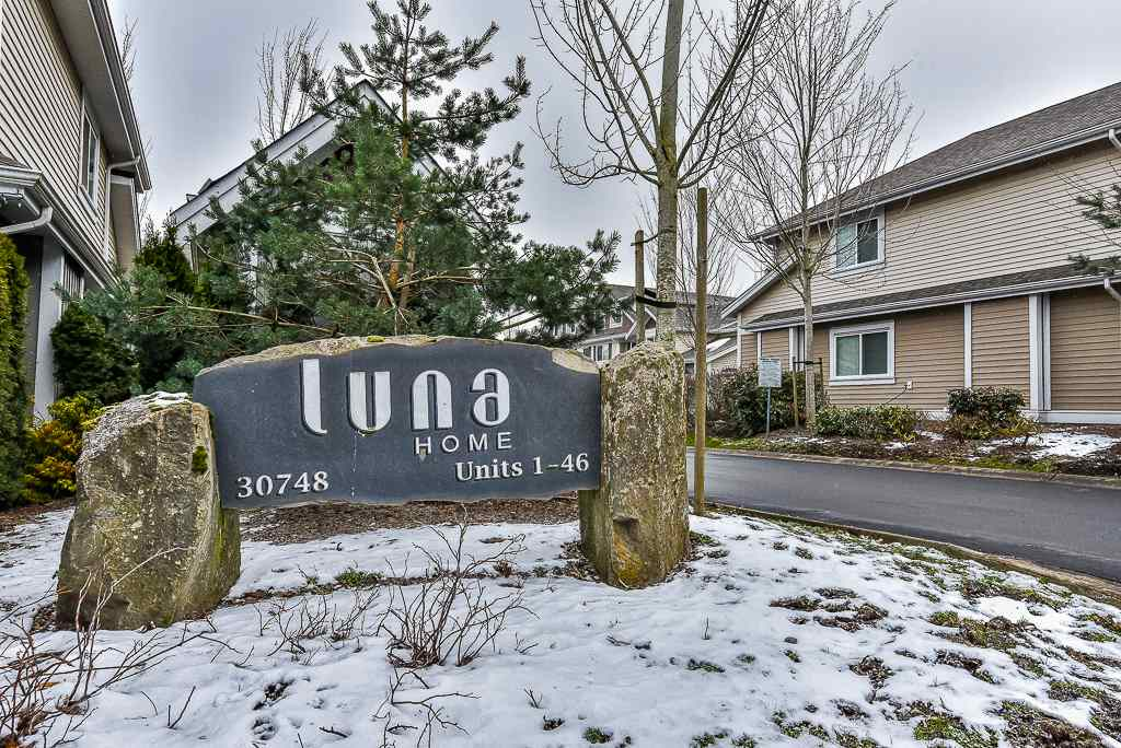 "Main Photo: 4 30748 CARDINAL Street in Abbotsford: Abbotsford West Townhouse for sale in ""Luna Homes"" : MLS® # R2241090"