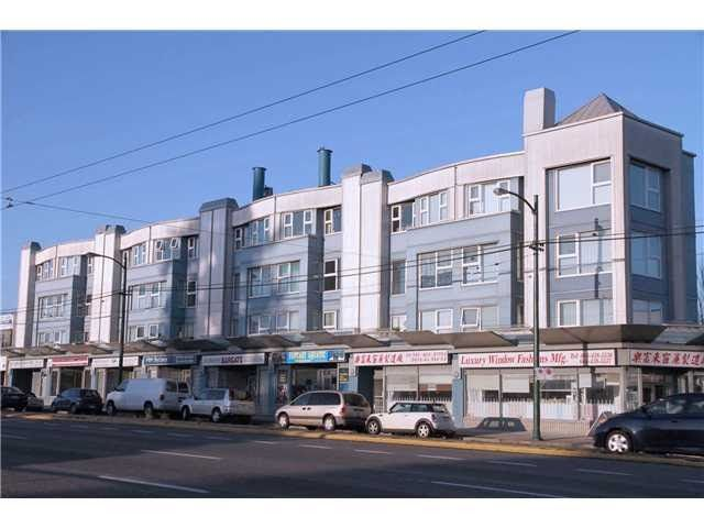 "Main Photo: 106 4893 CLARENDON Street in Vancouver: Collingwood VE Condo for sale in ""CLARENDON PLACE"" (Vancouver East)  : MLS®# R2267986"