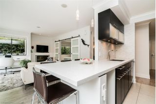 "Main Photo: 111 1950 W 8TH Avenue in Vancouver: Kitsilano Condo for sale in ""MARQUIS MANOR"" (Vancouver West)  : MLS®# R2315885"