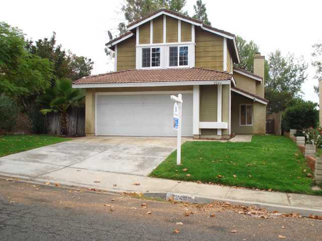 Main Photo: SOUTH ESCONDIDO House for sale : 3 bedrooms : 2246 Charise in Escondido