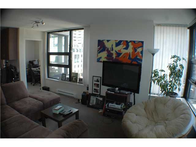 "Photo 2: 806 928 HOMER Street in Vancouver: Downtown VW Condo for sale in ""YALETOWN PARK 1"" (Vancouver West)  : MLS(r) # V872020"