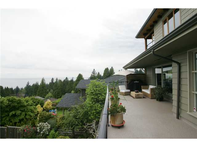 Photo 10: 2642 OTTAWA Avenue in West Vancouver: Dundarave House for sale : MLS(r) # V890197