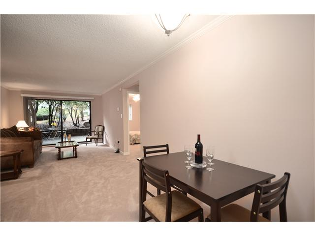 "Photo 4: 104 37 AGNES Street in New Westminster: Downtown NW Condo for sale in ""AGNES COURT"" : MLS(r) # V927022"