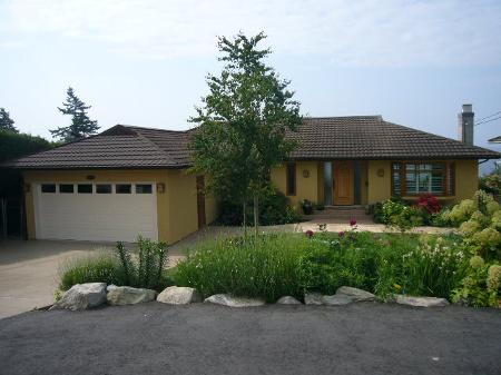 Main Photo: 13238 14TH AV in Surrey: House for sale (Crescent Bch Ocean Pk.)  : MLS® # F2913695