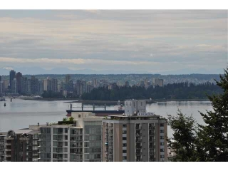 Main Photo: 802 567 LONSDALE Avenue in North Vancouver: Lower Lonsdale Condo for sale : MLS® # V955451