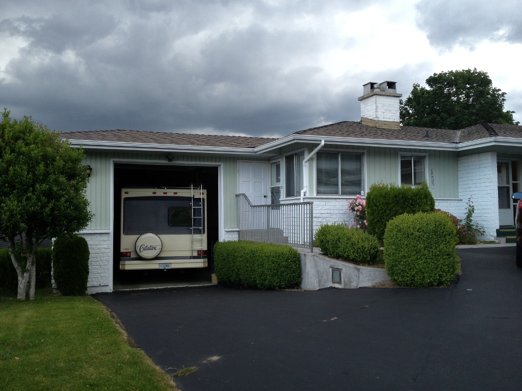 Photo 3: 34839 HIGH DR in Abbotsford: Abbotsford East House for sale : MLS(r) # F1313633
