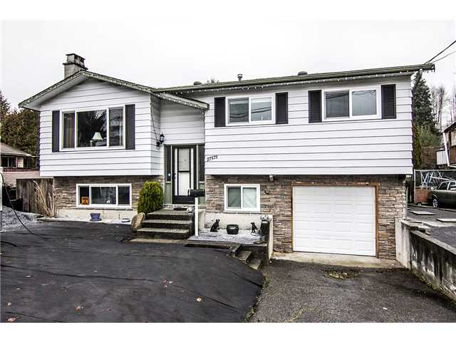 "Main Photo: 27575 32ND Avenue in Langley: Aldergrove Langley House for sale in ""Parkside"" : MLS® # F1401988"