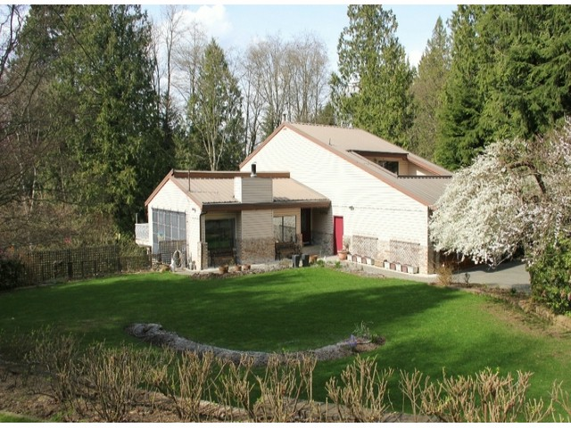 "Main Photo: 24725 48 Avenue in Langley: Salmon River House for sale in ""SALMON RIVER"" : MLS®# F1408035"