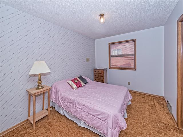 Photo 20: 16 HAWKWOOD Crescent NW in Calgary: Hawkwood House  : MLS® # C4010169