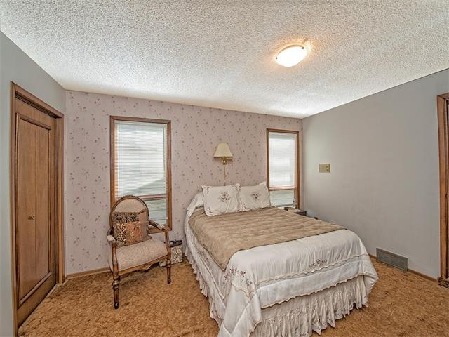 Photo 16: 16 HAWKWOOD Crescent NW in Calgary: Hawkwood House  : MLS® # C4010169