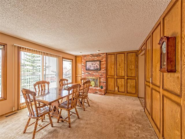 Photo 6: 16 HAWKWOOD Crescent NW in Calgary: Hawkwood House  : MLS® # C4010169