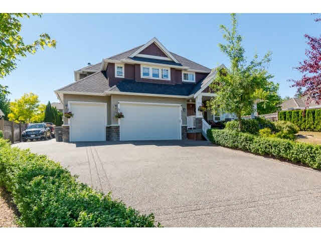 Main Photo: 8369 170A Street in Surrey: Fleetwood Tynehead House for sale : MLS® # F1445466