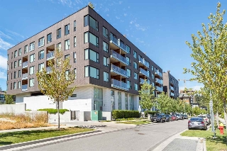 "Main Photo: 516 5955 BIRNEY Avenue in Vancouver: University VW Condo for sale in ""Yu"" (Vancouver West)  : MLS(r) # R2027904"