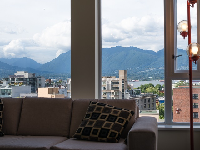 "Photo 3: 1205 550 TAYLOR Street in Vancouver: Downtown VW Condo for sale in ""The Taylor"" (Vancouver West)  : MLS(r) # R2093056"