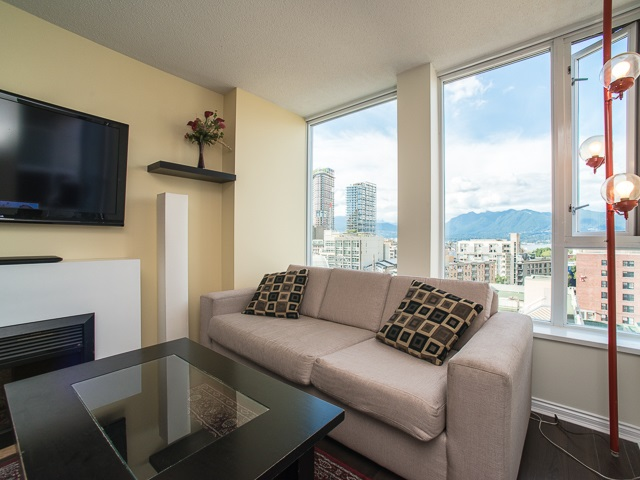 "Photo 2: 1205 550 TAYLOR Street in Vancouver: Downtown VW Condo for sale in ""The Taylor"" (Vancouver West)  : MLS(r) # R2093056"