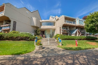 "Main Photo: 418 5 K DE K Court in New Westminster: Quay Condo for sale in ""QUAYSIDE TERRACE"" : MLS(r) # R2105551"