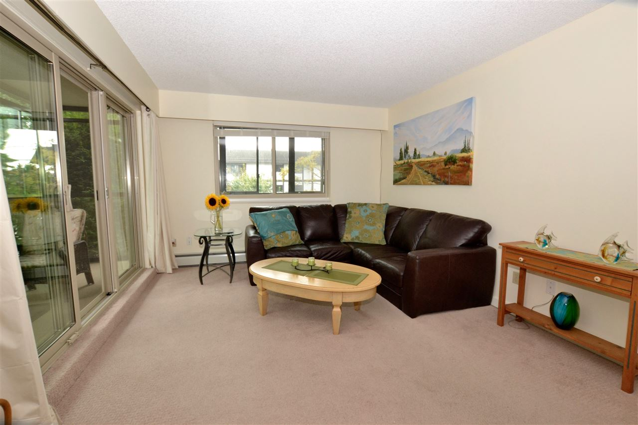 "Photo 6: 103 1429 MERKLIN Street: White Rock Condo for sale in ""Kensington Manor"" (South Surrey White Rock)  : MLS(r) # R2104307"