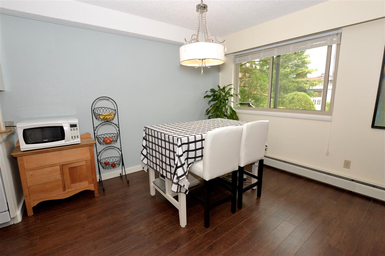 "Photo 5: 103 1429 MERKLIN Street: White Rock Condo for sale in ""Kensington Manor"" (South Surrey White Rock)  : MLS(r) # R2104307"