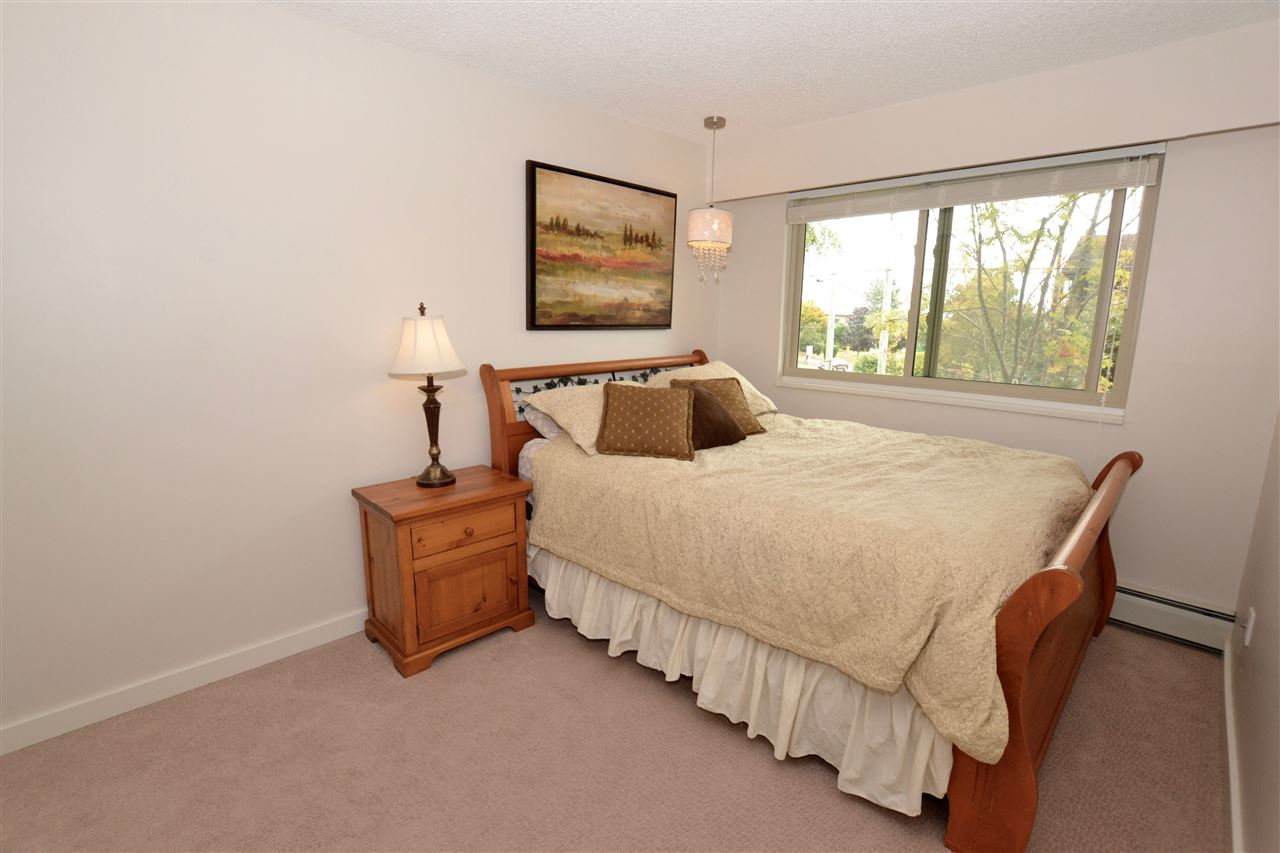 "Photo 14: 103 1429 MERKLIN Street: White Rock Condo for sale in ""Kensington Manor"" (South Surrey White Rock)  : MLS(r) # R2104307"
