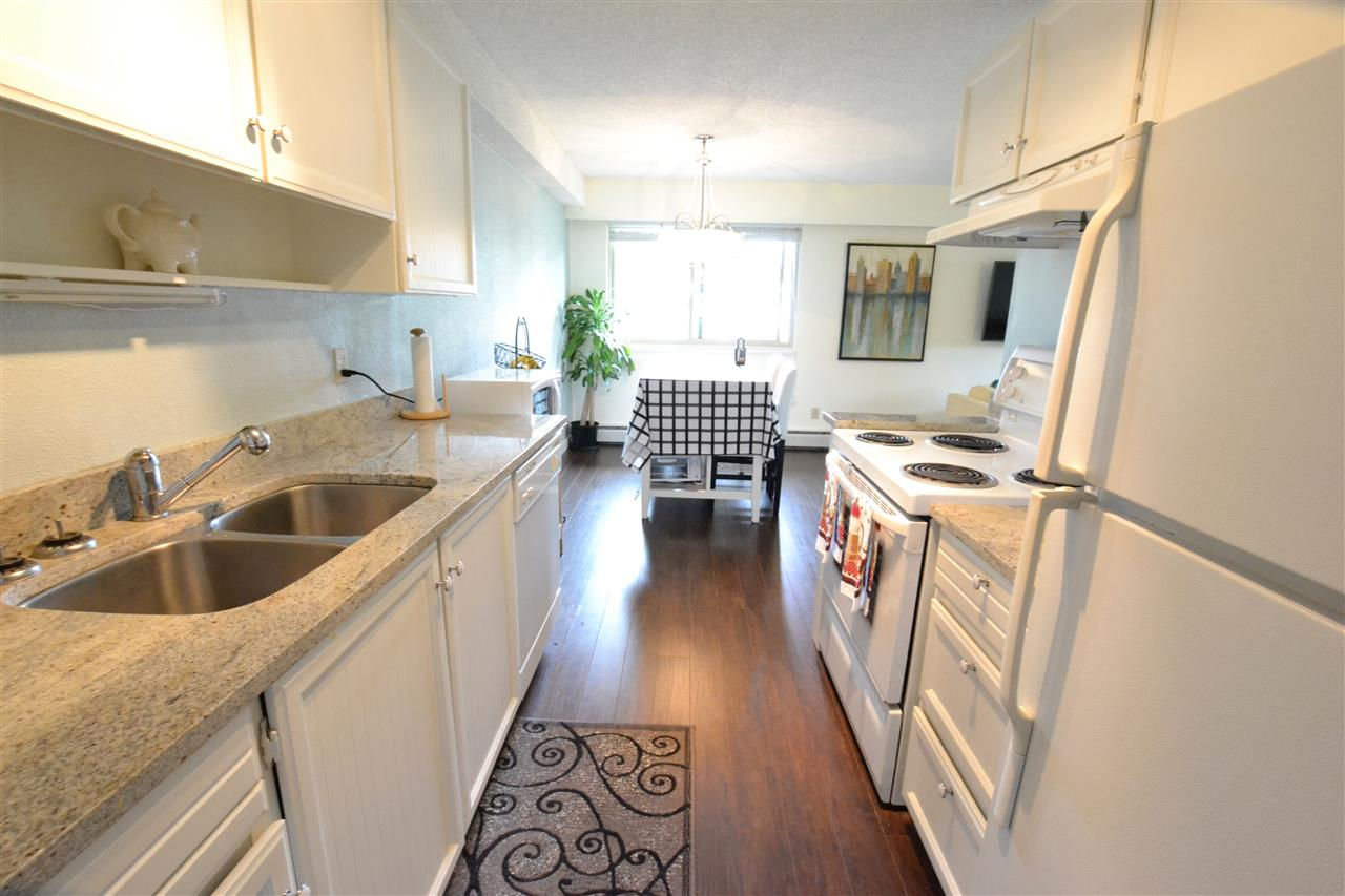 "Photo 2: 103 1429 MERKLIN Street: White Rock Condo for sale in ""Kensington Manor"" (South Surrey White Rock)  : MLS(r) # R2104307"