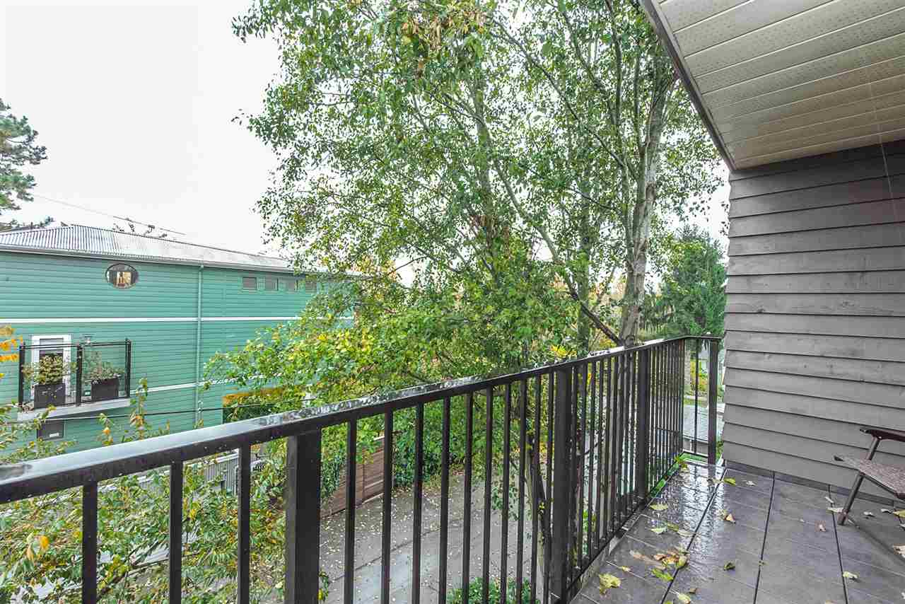 "Photo 19: 301 1365 E 7TH Avenue in Vancouver: Grandview VE Condo for sale in ""McLEAN GARDENS"" (Vancouver East)  : MLS(r) # R2121114"
