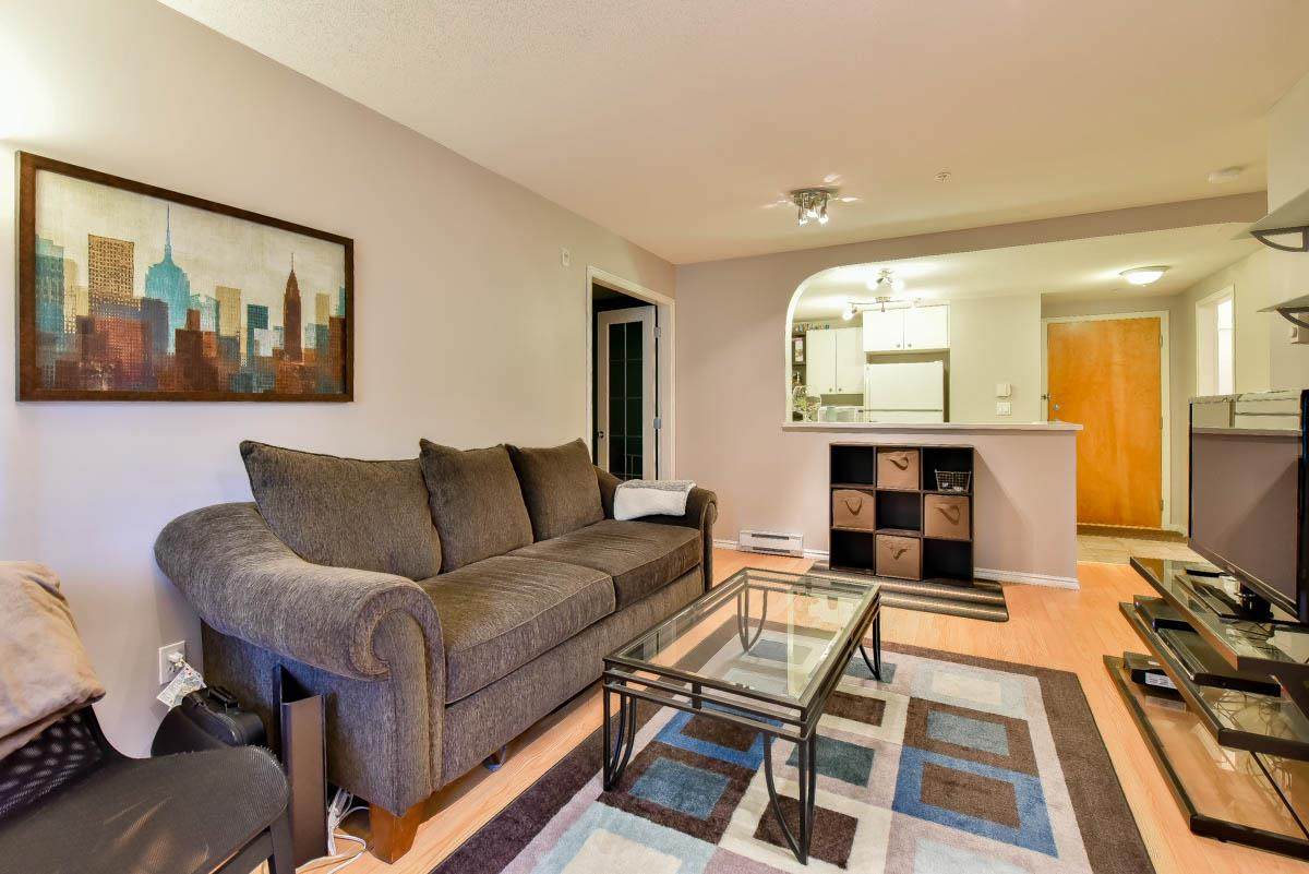 "Photo 4: 319 6833 VILLAGE GREEN in Burnaby: Highgate Condo for sale in ""CARMEL"" (Burnaby South)  : MLS® # R2123253"
