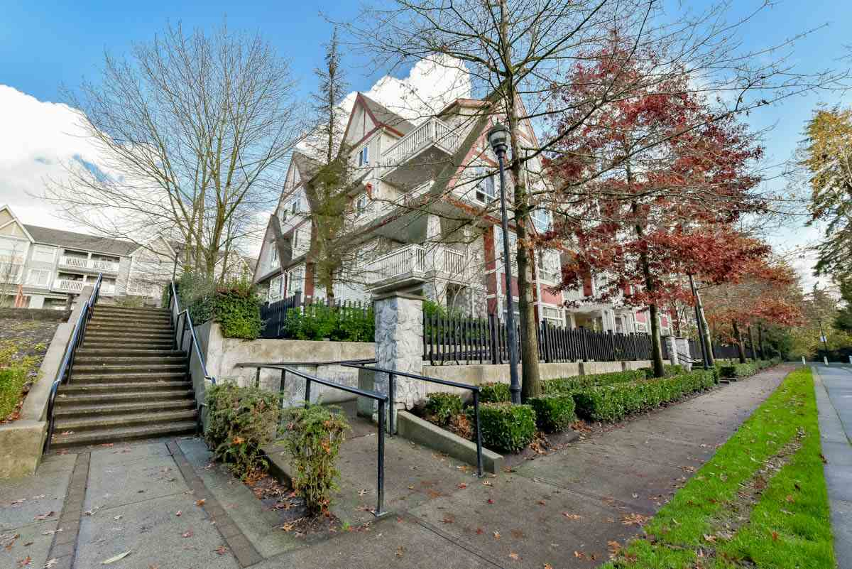"Photo 19: 319 6833 VILLAGE GREEN in Burnaby: Highgate Condo for sale in ""CARMEL"" (Burnaby South)  : MLS® # R2123253"