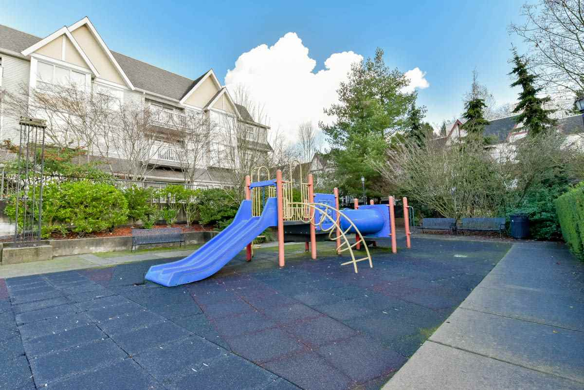 "Photo 18: 319 6833 VILLAGE GREEN in Burnaby: Highgate Condo for sale in ""CARMEL"" (Burnaby South)  : MLS® # R2123253"