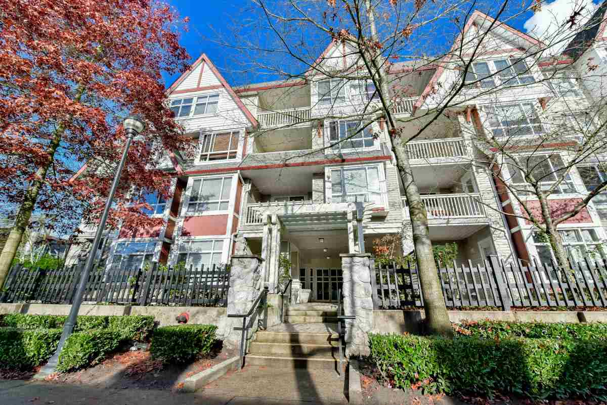"Main Photo: 319 6833 VILLAGE GREEN in Burnaby: Highgate Condo for sale in ""CARMEL"" (Burnaby South)  : MLS® # R2123253"