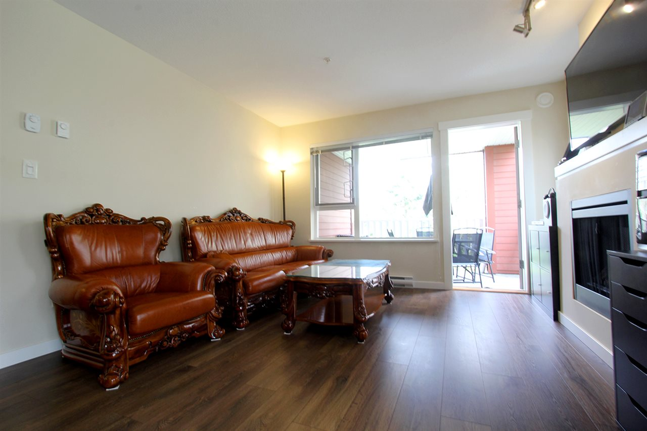 "Photo 2: 206 4783 DAWSON Street in Burnaby: Brentwood Park Condo for sale in ""COLLAGE"" (Burnaby North)  : MLS® # R2156648"