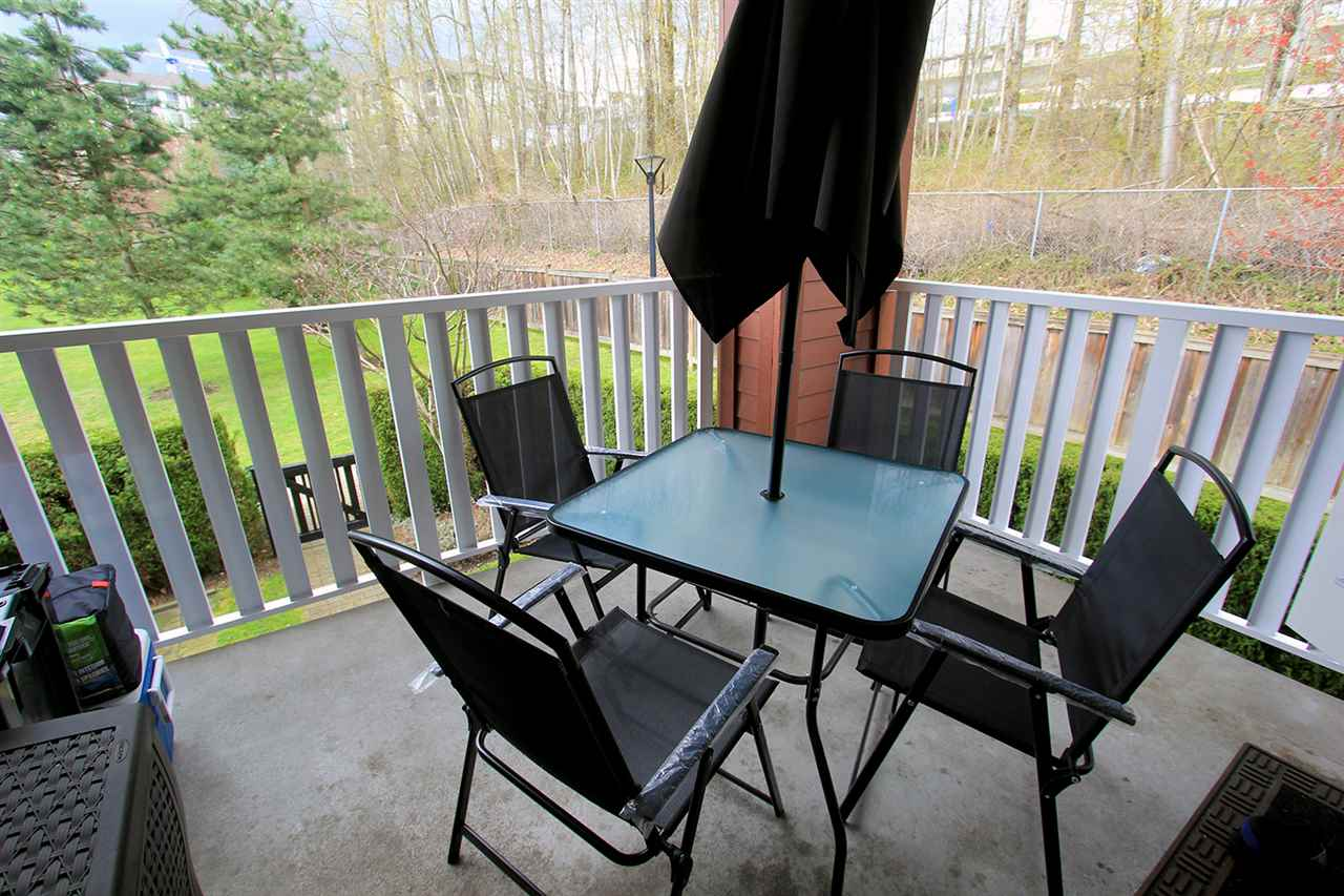 "Photo 15: 206 4783 DAWSON Street in Burnaby: Brentwood Park Condo for sale in ""COLLAGE"" (Burnaby North)  : MLS® # R2156648"