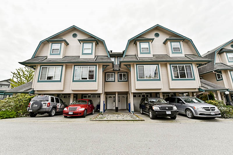 "Main Photo: 27 11165 GILKER HILL Road in Maple Ridge: Cottonwood MR Townhouse for sale in ""KANAKA CREEK ESTATES"" : MLS® # R2164449"