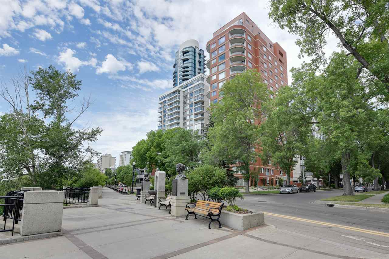 Main Photo: 402 10010 119 Street in Edmonton: Zone 12 Condo for sale : MLS(r) # E4071217