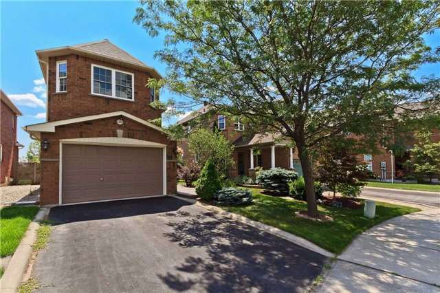 Main Photo: 1214 Glendon Court in Oakville: West Oak Trails House (2-Storey) for lease : MLS® # W3888496