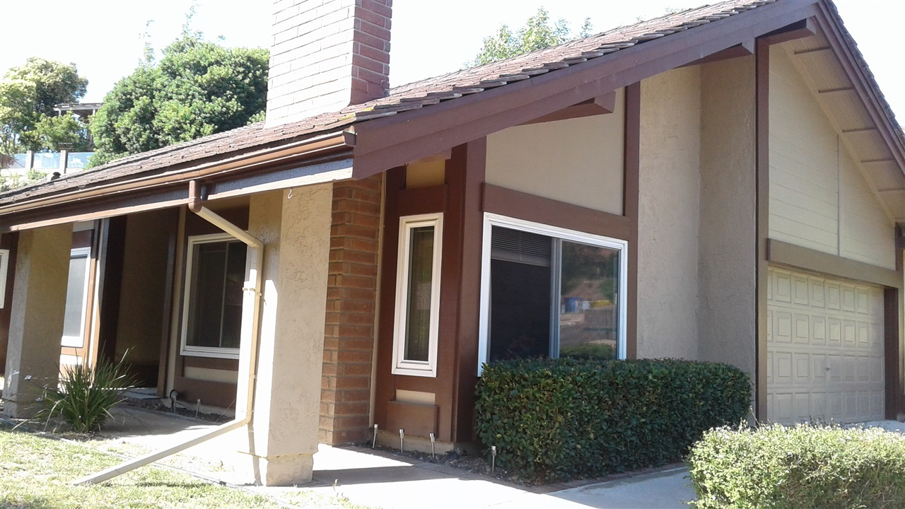 Main Photo: RANCHO PENASQUITOS House for sale : 3 bedrooms : 9606 BENAVENTE STREET in San Diego