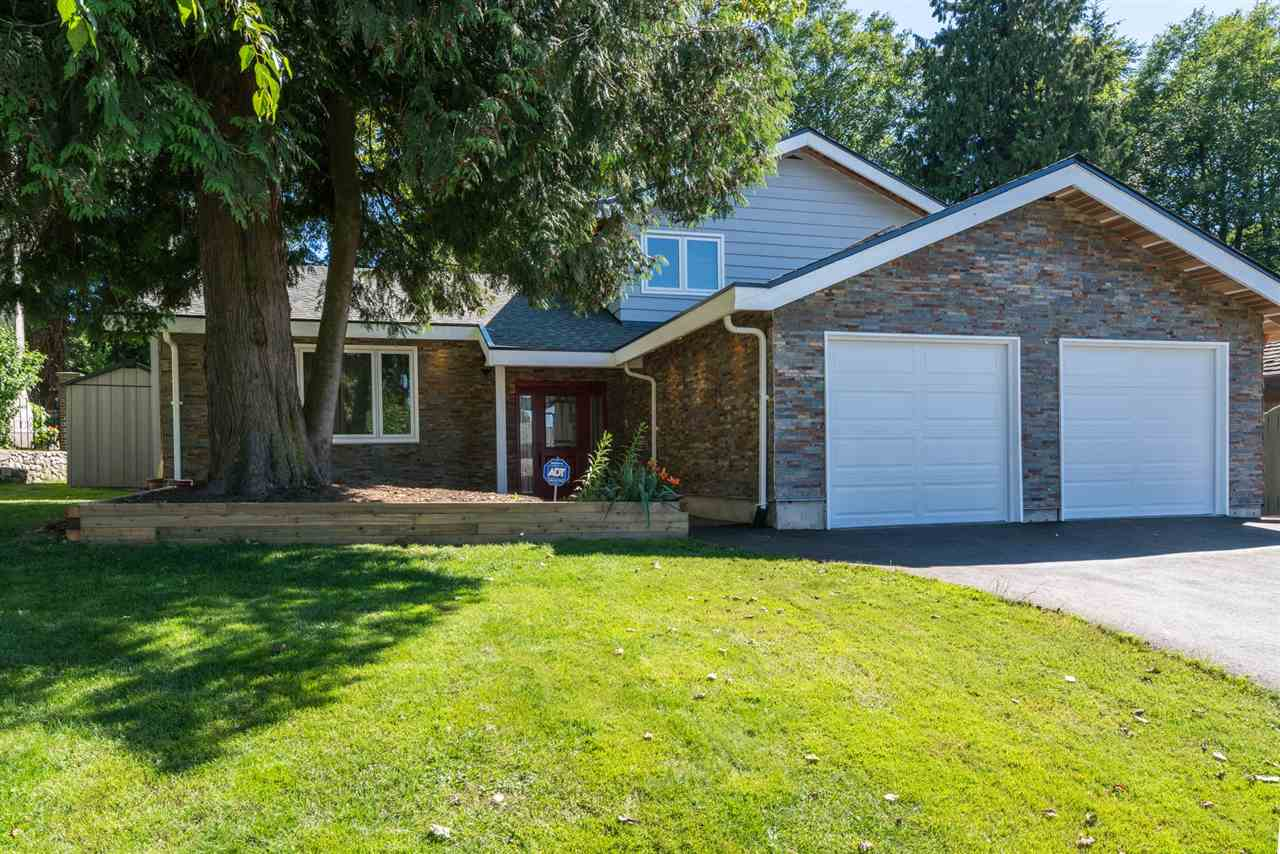 Main Photo: 11502 ROYAL Crescent in Surrey: Royal Heights House for sale (North Surrey)  : MLS® # R2198715