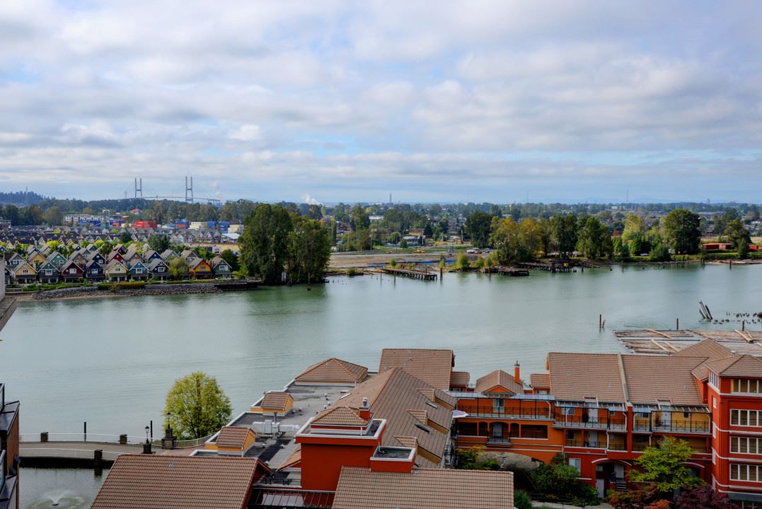 "Photo 16: 705 10 RENAISSANCE Square in New Westminster: Quay Condo for sale in ""MURANO LOFTS"" : MLS® # R2205621"
