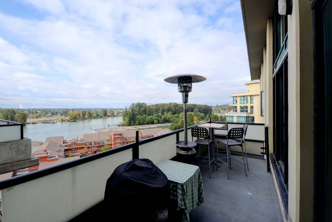 "Photo 15: 705 10 RENAISSANCE Square in New Westminster: Quay Condo for sale in ""MURANO LOFTS"" : MLS® # R2205621"