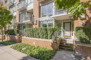 "Main Photo: 863 RICHARDS Street in Vancouver: Downtown VW Townhouse for sale in ""DOLCE"" (Vancouver West)  : MLS® # R2210931"