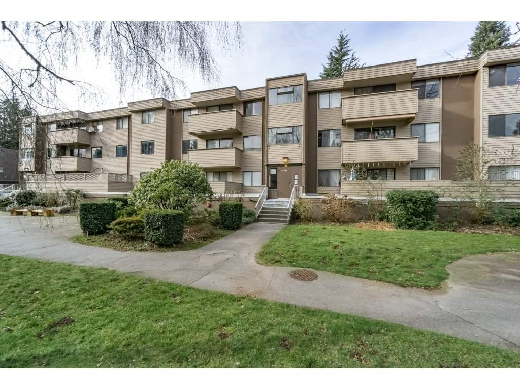 "Main Photo: 34 2444 WILSON Avenue in Port Coquitlam: Central Pt Coquitlam Condo for sale in ""Orchard Valley Estates"" : MLS®# R2240111"