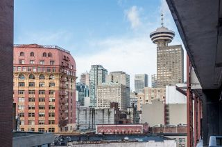 "Main Photo: 907 128 W CORDOVA Street in Vancouver: Downtown VW Condo for sale in ""Woodwards W43"" (Vancouver West)  : MLS® # R2247630"