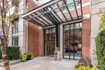 "Main Photo: 406 977 MAINLAND Street in Vancouver: Yaletown Condo for sale in ""YALETOWN PARK 3"" (Vancouver West)  : MLS®# R2280864"
