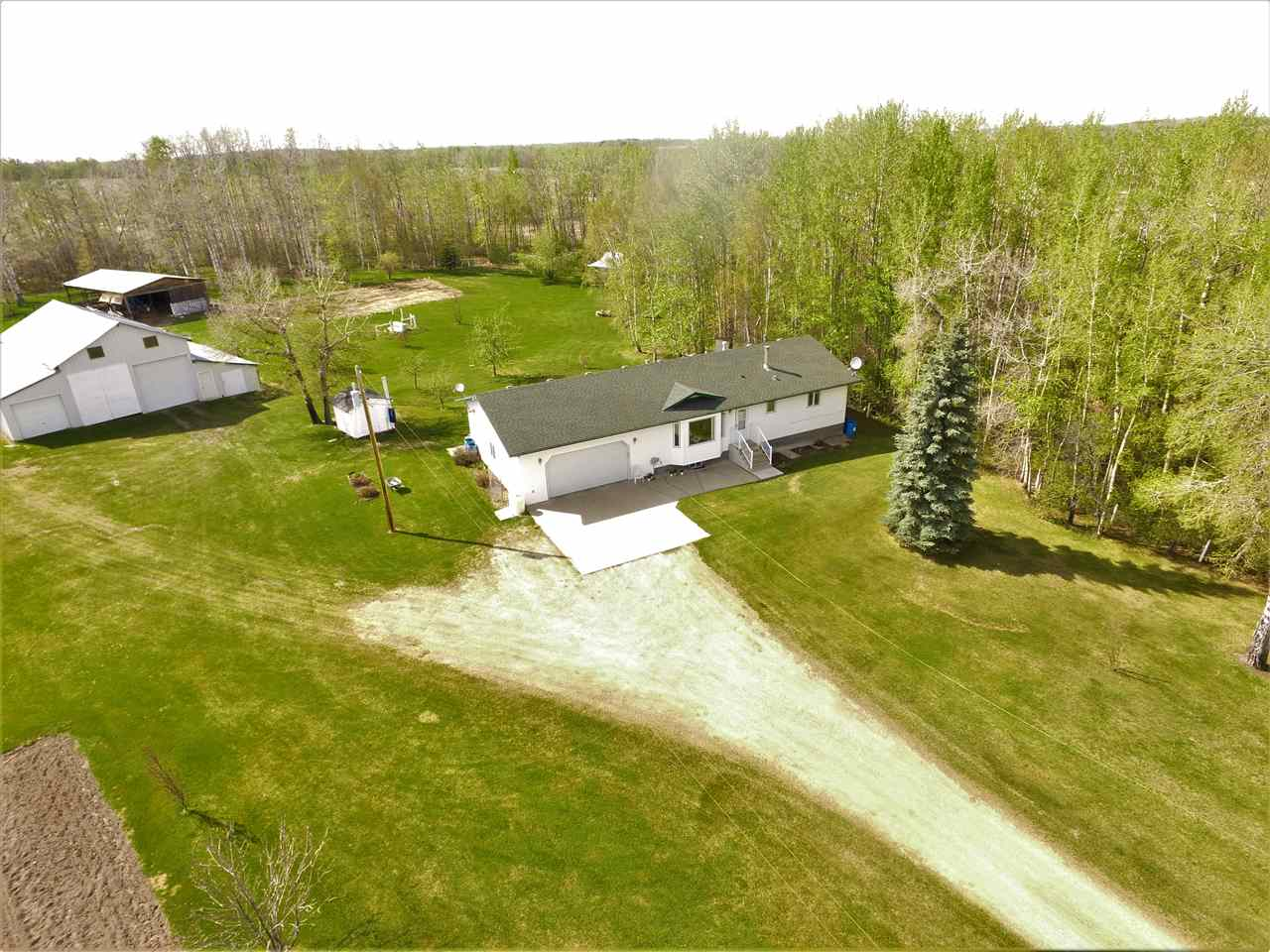 Main Photo: 464016 Rge Rd 20: Rural Wetaskiwin County House for sale : MLS®# E4119115