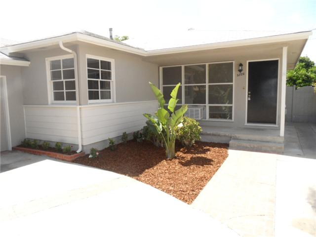 Photo 2: SAN DIEGO House for sale : 3 bedrooms : 5226 Waring