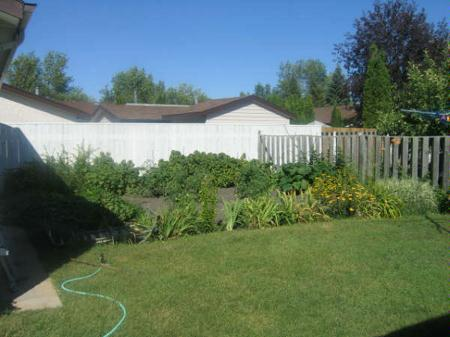 Photo 6: Photos: 70 Siddall Cres.: Residential for sale (Valley Gardens)  : MLS® # 2713649