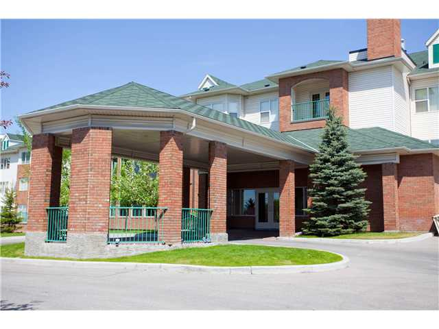 Main Photo: 132 1920 14 Avenue NE in CALGARY: Mayland Heights Condo for sale (Calgary)  : MLS®# C3602758