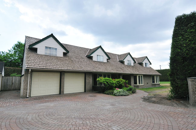 Main Photo: 20120 PATTERSON Avenue in Maple Ridge: Southwest Maple Ridge House for sale : MLS® # V1064594